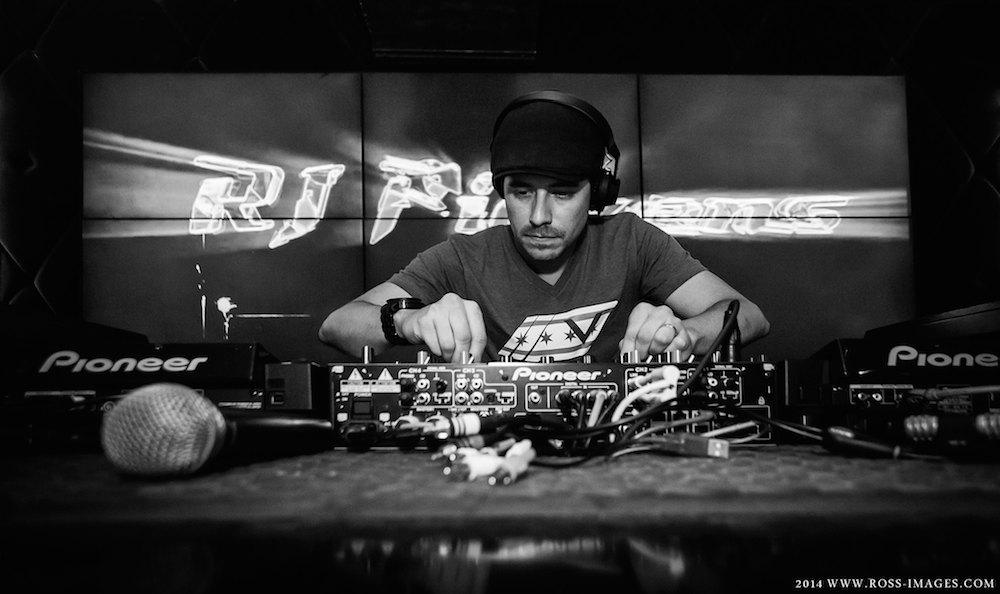 rj-pickens-dj-groove-cruise-chicago-interview